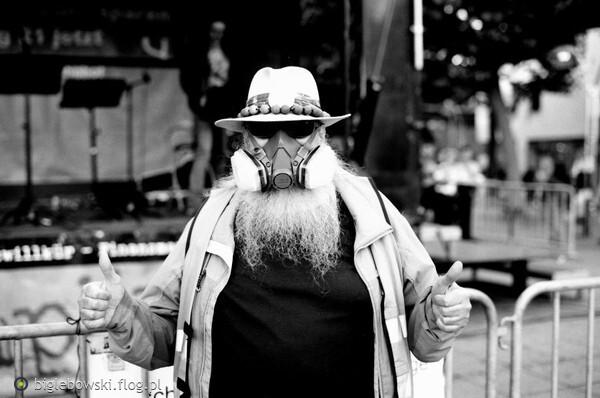 https://s28.flog.pl/media/foto_middle/13548271_uliczne-portrety.jpg