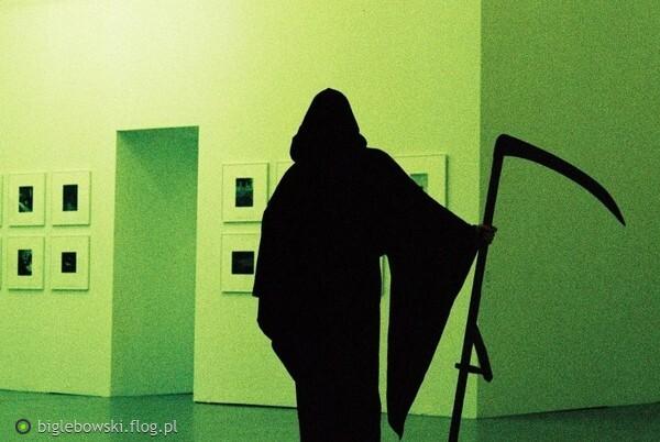 https://s28.flog.pl/media/foto_middle/13549360_noc-w-muzeum.jpg